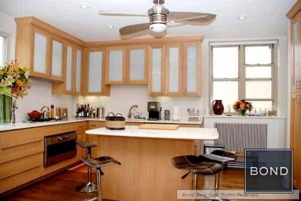 3 Bedrooms, Tribeca Rental in NYC for $18,324 - Photo 2