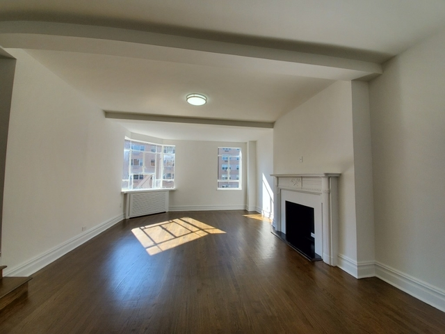 1 Bedroom, Greenwich Village Rental in NYC for $6,299 - Photo 2