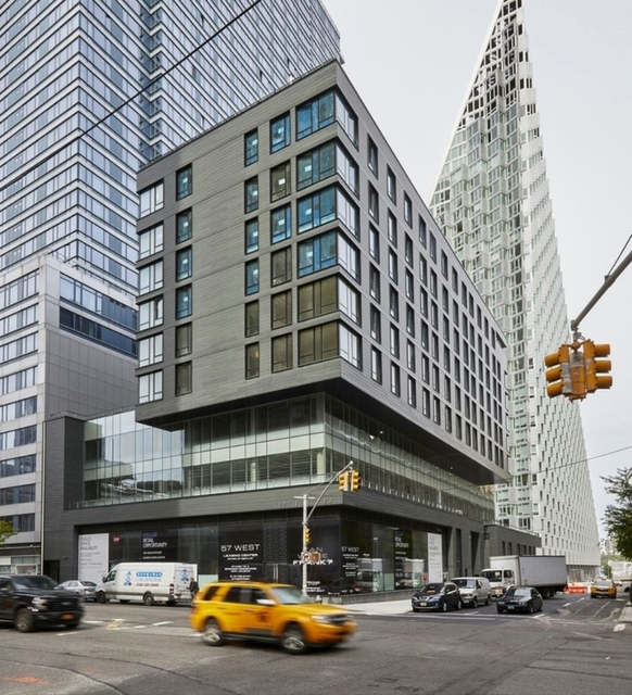 1 Bedroom, Hell's Kitchen Rental in NYC for $4,570 - Photo 2