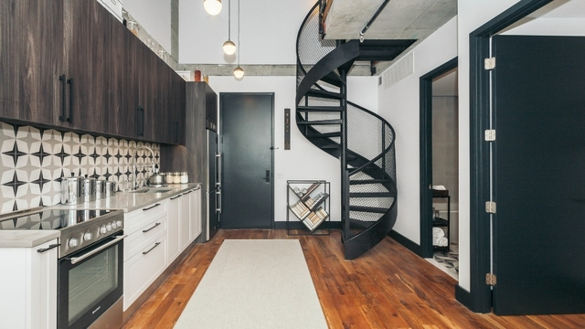 3 Bedrooms, Ridgewood Rental in NYC for $3,758 - Photo 2