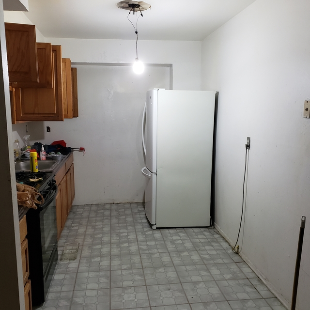 2 Bedrooms, City Line Rental in NYC for $1,960 - Photo 2