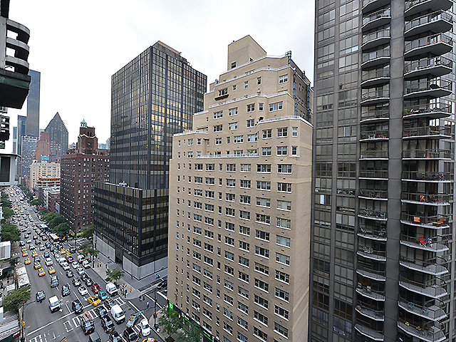 Studio, Sutton Place Rental in NYC for $3,175 - Photo 2