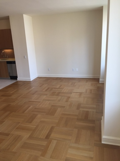 Studio, Lincoln Square Rental in NYC for $3,800 - Photo 2