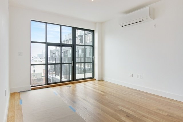2 Bedrooms, Crown Heights Rental in NYC for $3,210 - Photo 2