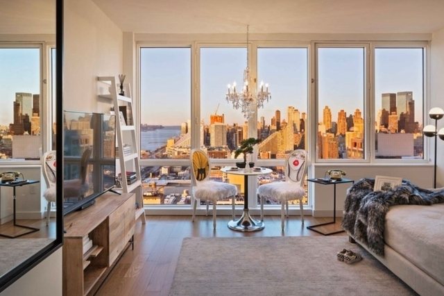 Studio, Hell's Kitchen Rental in NYC for $3,690 - Photo 1