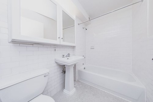 2 Bedrooms, Broad Channel Rental in NYC for $3,660 - Photo 2