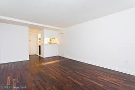 3 Bedrooms, Rose Hill Rental in NYC for $5,750 - Photo 2