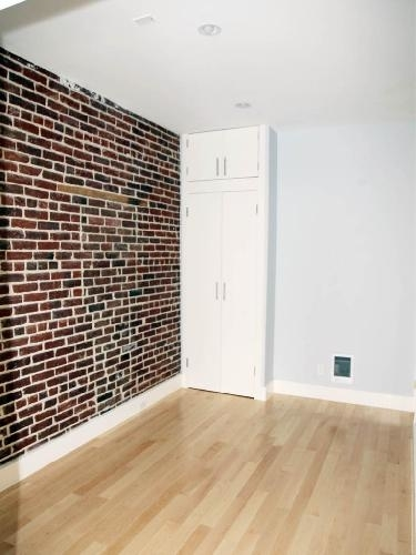 2 Bedrooms, Turtle Bay Rental in NYC for $4,100 - Photo 2