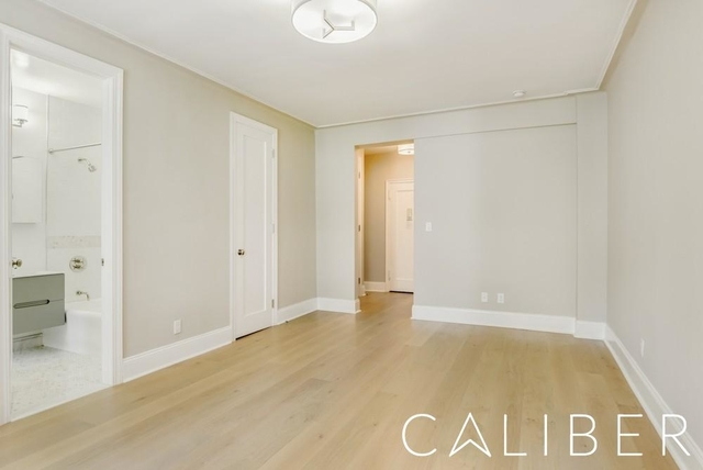 Studio, Chelsea Rental in NYC for $3,195 - Photo 2