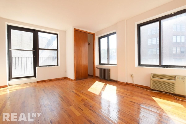 3 Bedrooms, West Village Rental in NYC for $6,300 - Photo 1