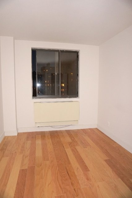 3 Bedrooms, Upper West Side Rental in NYC for $5,150 - Photo 2