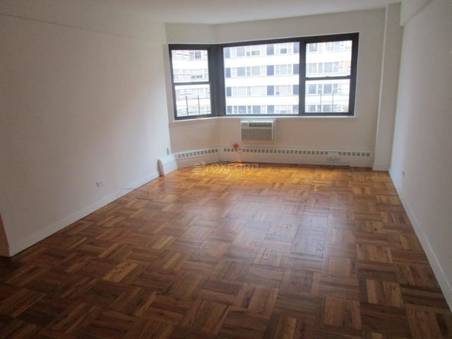 1 Bedroom, Upper East Side Rental in NYC for $3,875 - Photo 2