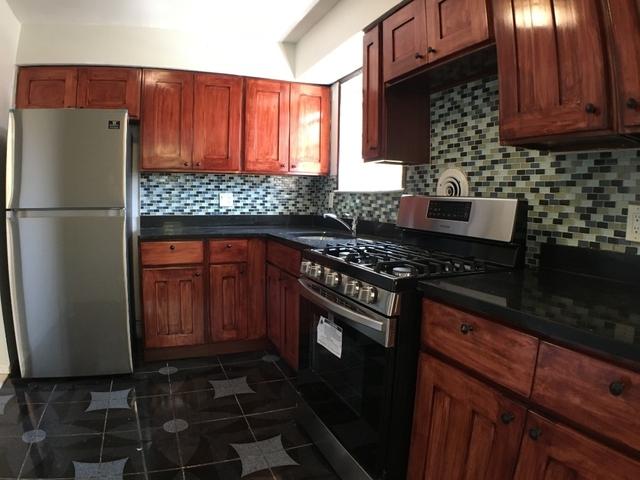 3 Bedrooms, Jamaica Hills Rental in NYC for $2,500 - Photo 1