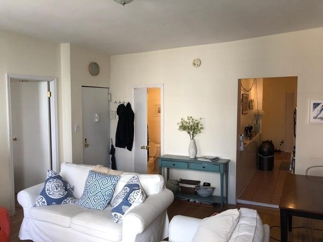 3 Bedrooms, Greenwich Village Rental in NYC for $6,175 - Photo 2