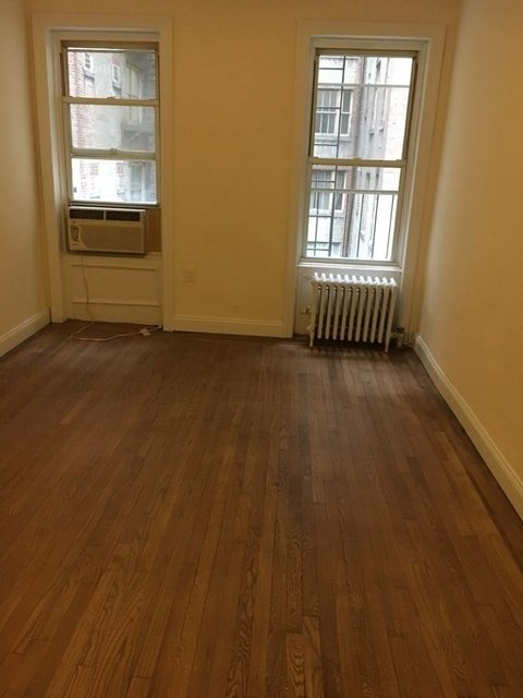 3 Bedrooms, Theater District Rental in NYC for $4,308 - Photo 2
