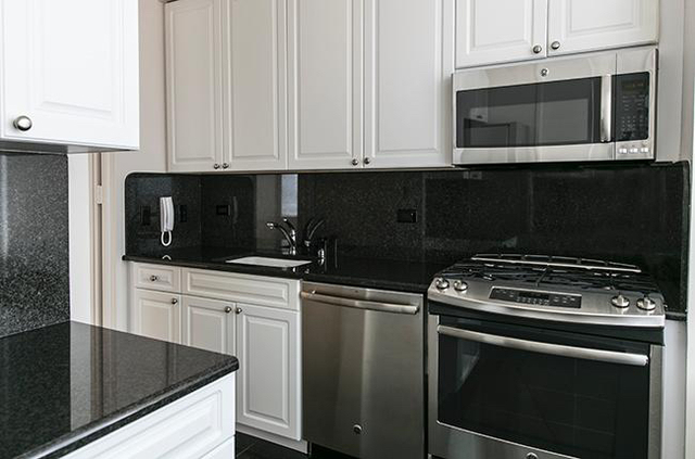 2 Bedrooms, Murray Hill Rental in NYC for $7,016 - Photo 2