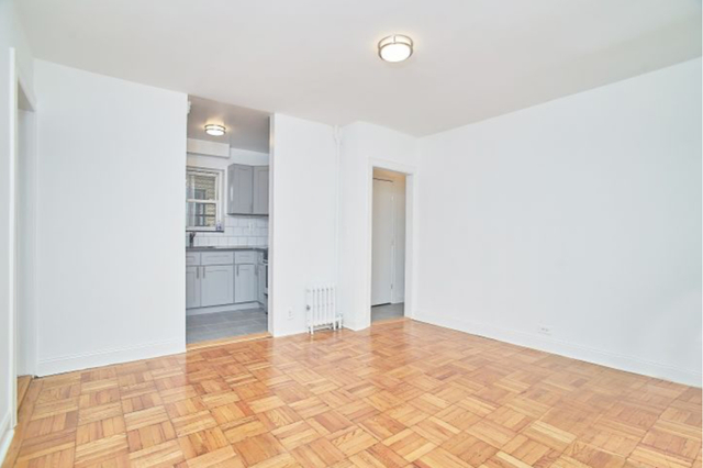 2 Bedrooms, Melrose Rental in NYC for $2,300 - Photo 2