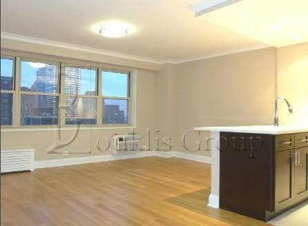 2 Bedrooms, Tribeca Rental in NYC for $5,376 - Photo 1