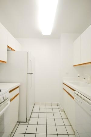 Studio, Yorkville Rental in NYC for $2,520 - Photo 2