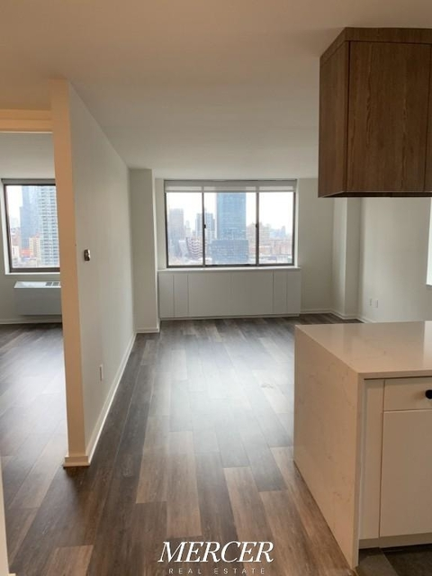 1 Bedroom, Hell's Kitchen Rental in NYC for $3,675 - Photo 1