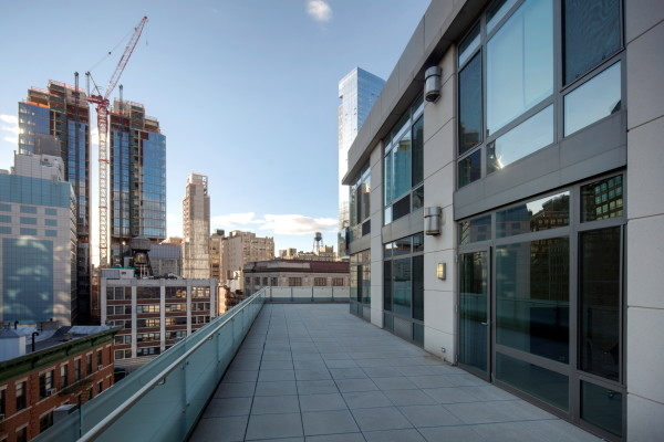2 Bedrooms, SoHo Rental in NYC for $13,995 - Photo 2