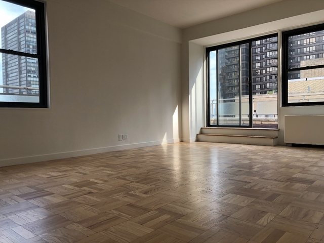 2 Bedrooms, Turtle Bay Rental in NYC for $6,595 - Photo 1