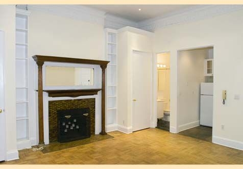 1 Bedroom, Upper West Side Rental in NYC for $2,790 - Photo 2