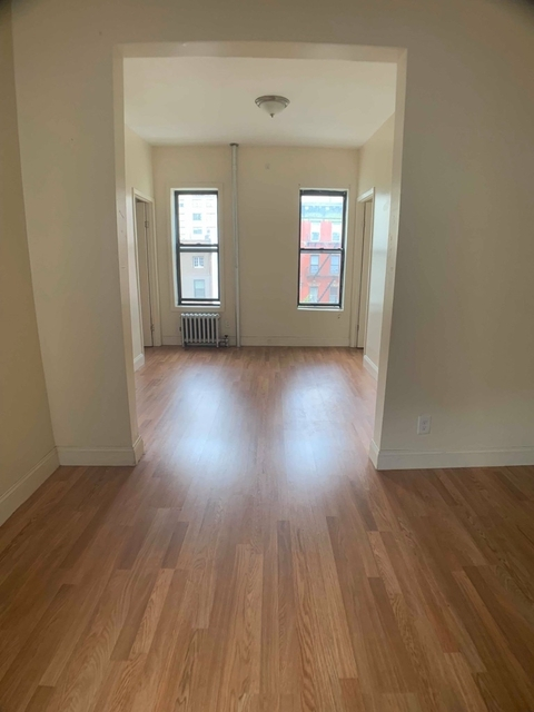 2 Bedrooms, East Village Rental in NYC for $4,100 - Photo 1