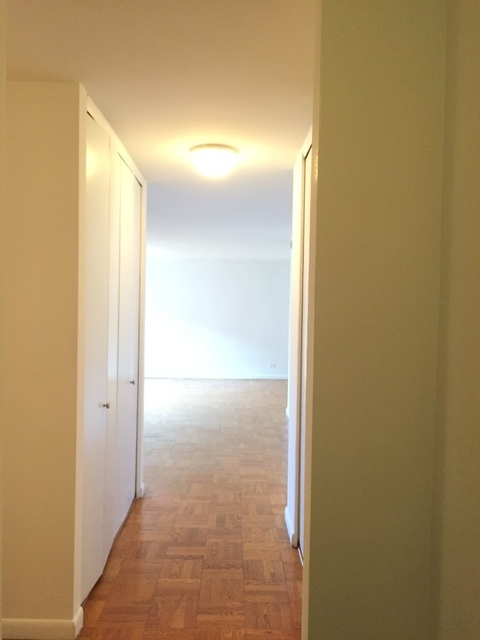 1 Bedroom, Gramercy Park Rental in NYC for $3,725 - Photo 2