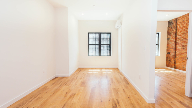 2 Bedrooms, Bushwick Rental in NYC for $2,599 - Photo 2