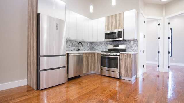 3 Bedrooms, Bushwick Rental in NYC for $2,995 - Photo 1