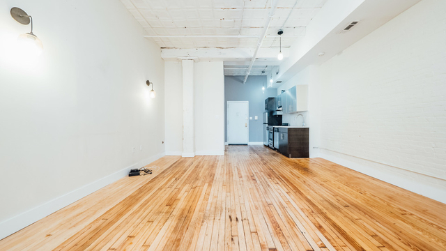 2 Bedrooms, Williamsburg Rental in NYC for $28,590 - Photo 1
