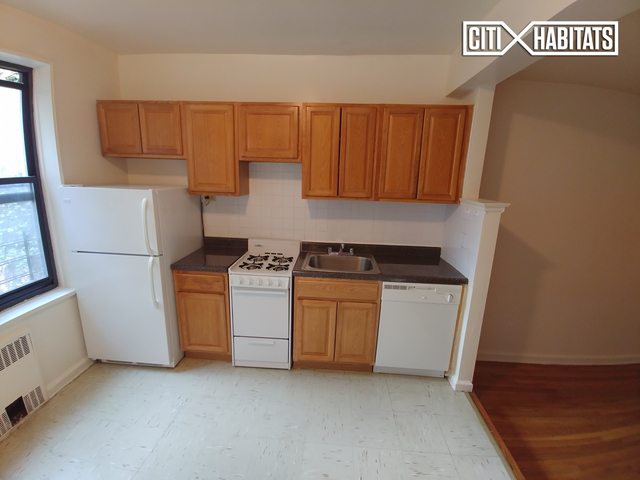 Studio, Jackson Heights Rental in NYC for $1,900 - Photo 2