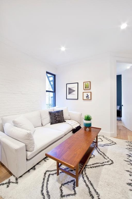 2 Bedrooms, Upper East Side Rental in NYC for $3,700 - Photo 2
