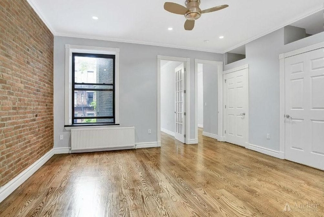 4 Bedrooms, Hell's Kitchen Rental in NYC for $6,180 - Photo 2