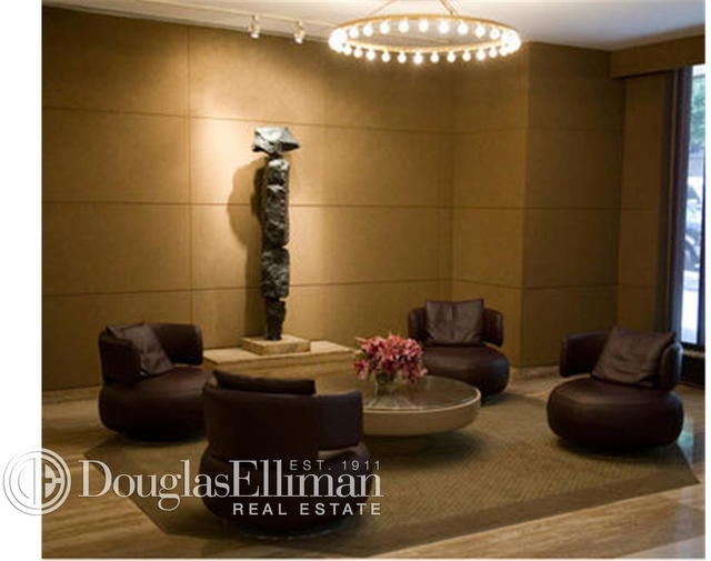 2 Bedrooms, Upper East Side Rental in NYC for $8,500 - Photo 2