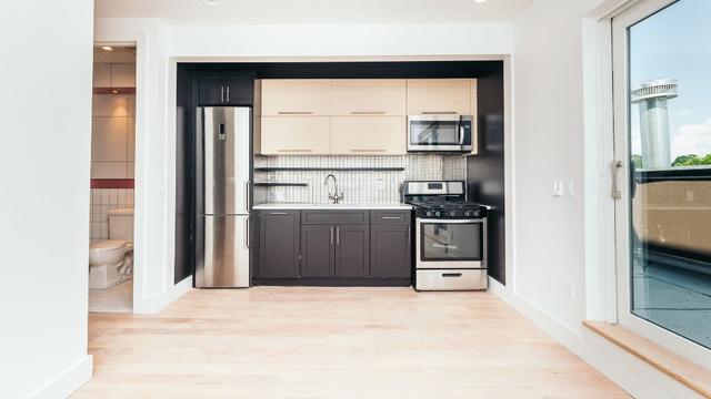 4 Bedrooms, Ridgewood Rental in NYC for $3,750 - Photo 1