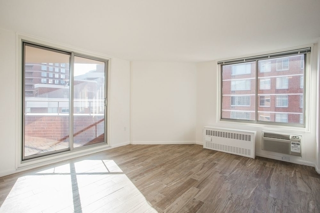 2 Bedrooms, Upper East Side Rental in NYC for $4,345 - Photo 1