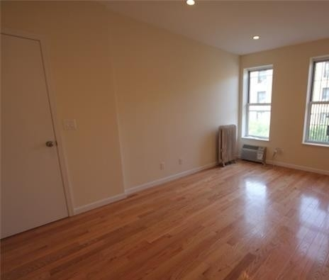2 Bedrooms, Fort George Rental in NYC for $2,150 - Photo 2