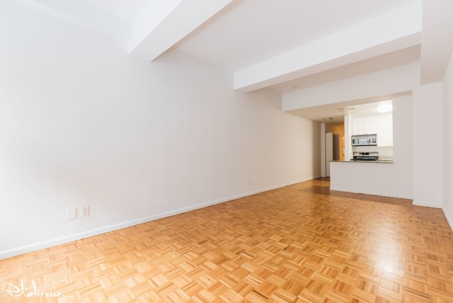 Studio, Financial District Rental in NYC for $3,255 - Photo 2