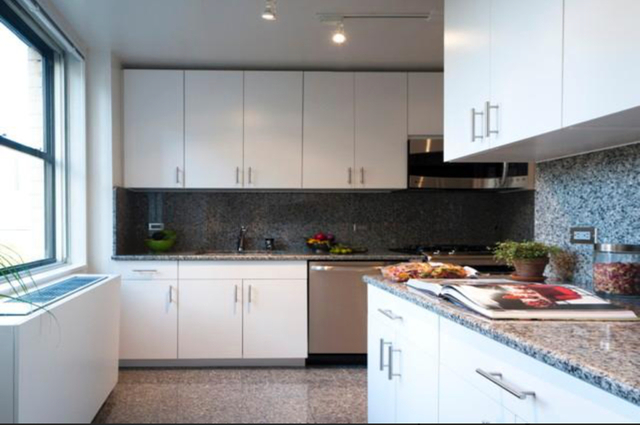 1 Bedroom, Lincoln Square Rental in NYC for $4,345 - Photo 2