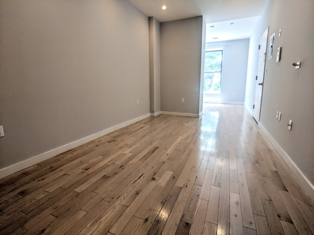 1 Bedroom, Bedford-Stuyvesant Rental in NYC for $2,095 - Photo 2