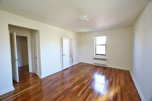 1 Bedroom, Gravesend Rental in NYC for $1,870 - Photo 2