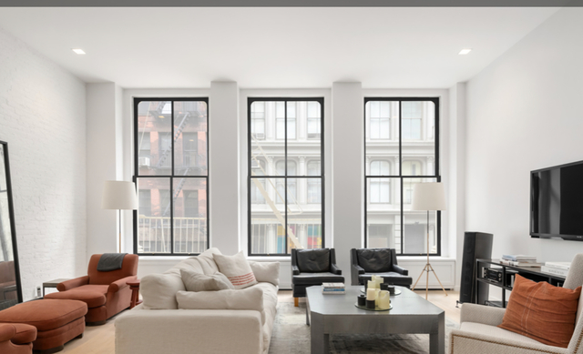 2 Bedrooms, SoHo Rental in NYC for $17,500 - Photo 2