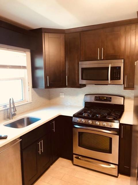 3 Bedrooms, Douglaston Park Rental in Long Island, NY for $2,600 - Photo 1