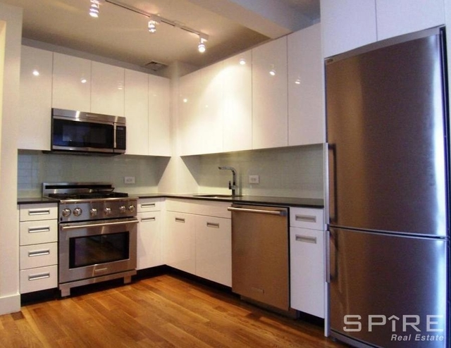2 Bedrooms, Upper East Side Rental in NYC for $6,025 - Photo 2