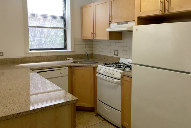Studio at 4726-4740 South Woodlawn Ave. - Photo 20