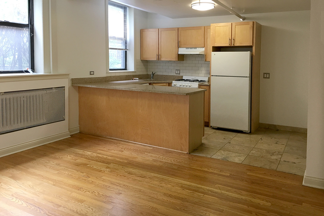 Studio at 4726-4740 South Woodlawn Ave. - Photo 18