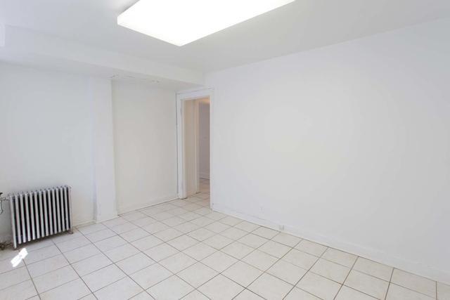 Studio at 5120 S. Hyde Park Boulevard - Photo 22