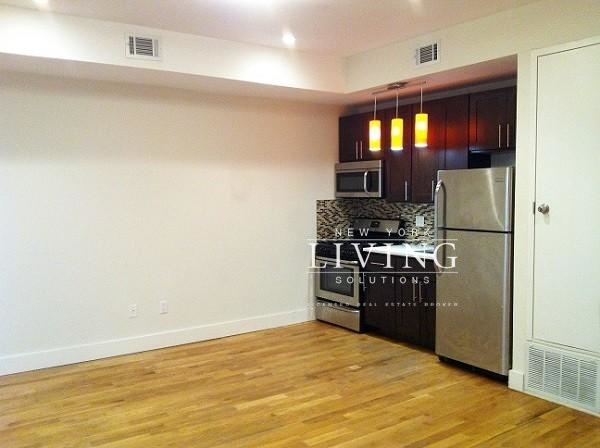 4 Bedrooms, Bedford-Stuyvesant Rental in NYC for $4,200 - Photo 2